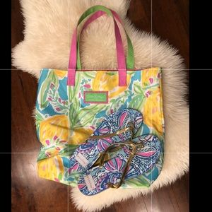 Lilly Pulitzer  flip flops sz 9 and beach bag